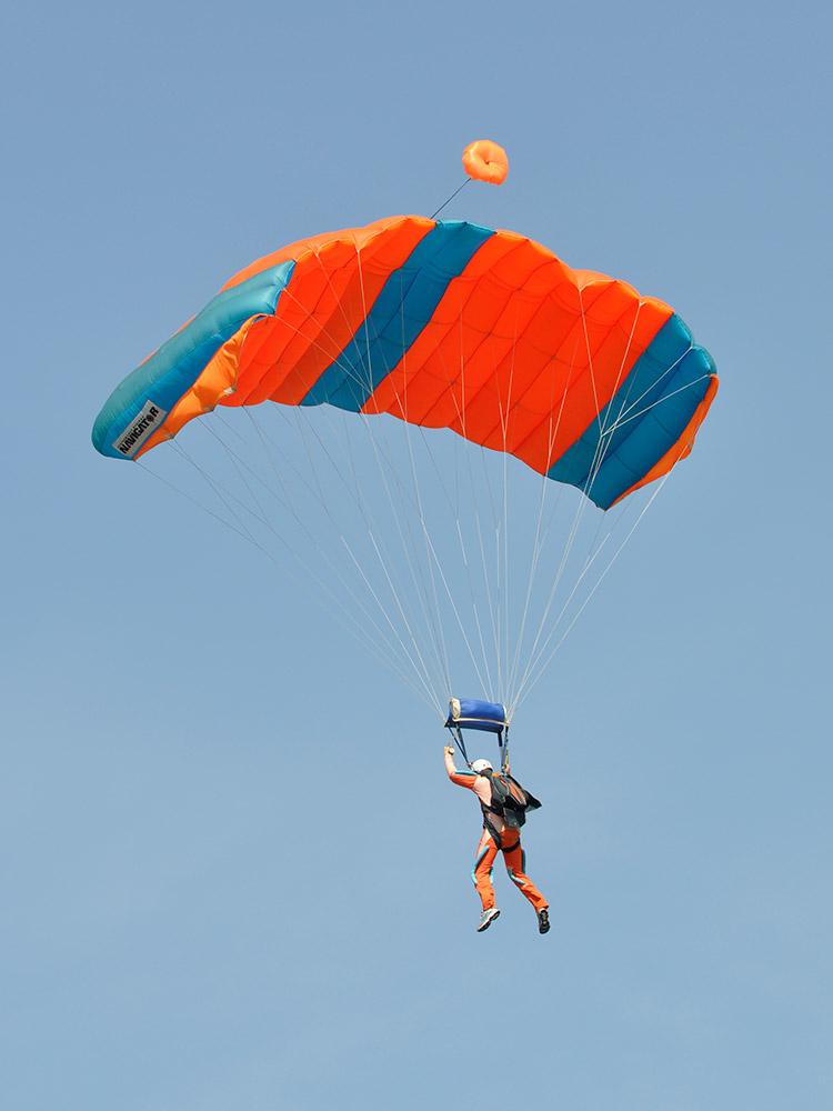 A-Brevet-parachutespringen-(1)