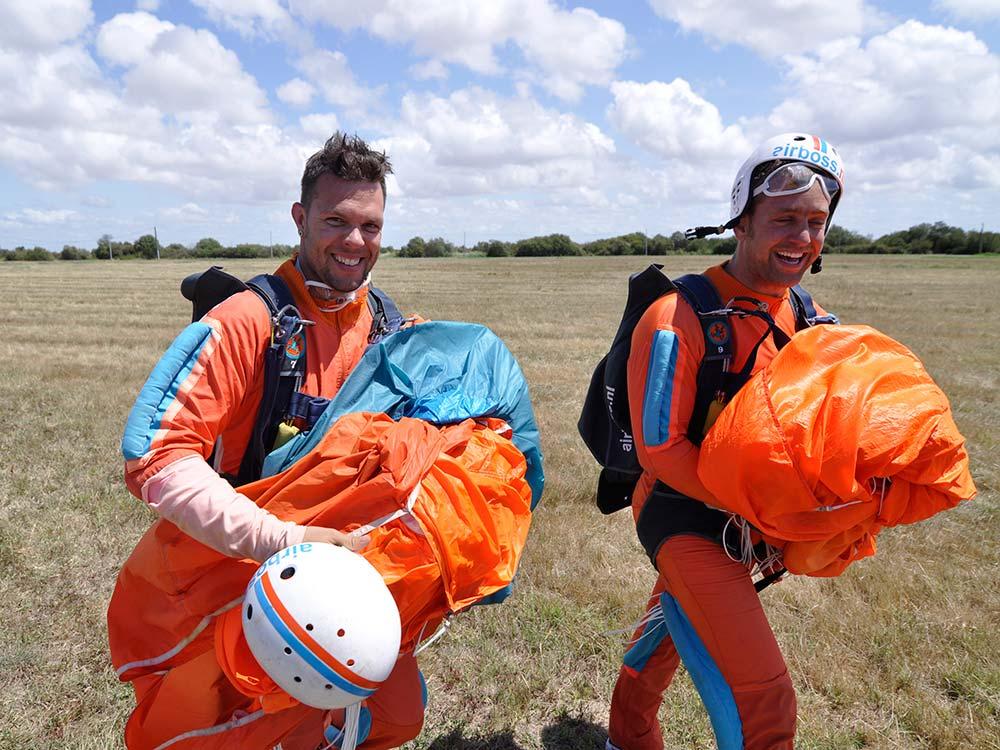 A-Brevet-parachutespringen-(2)