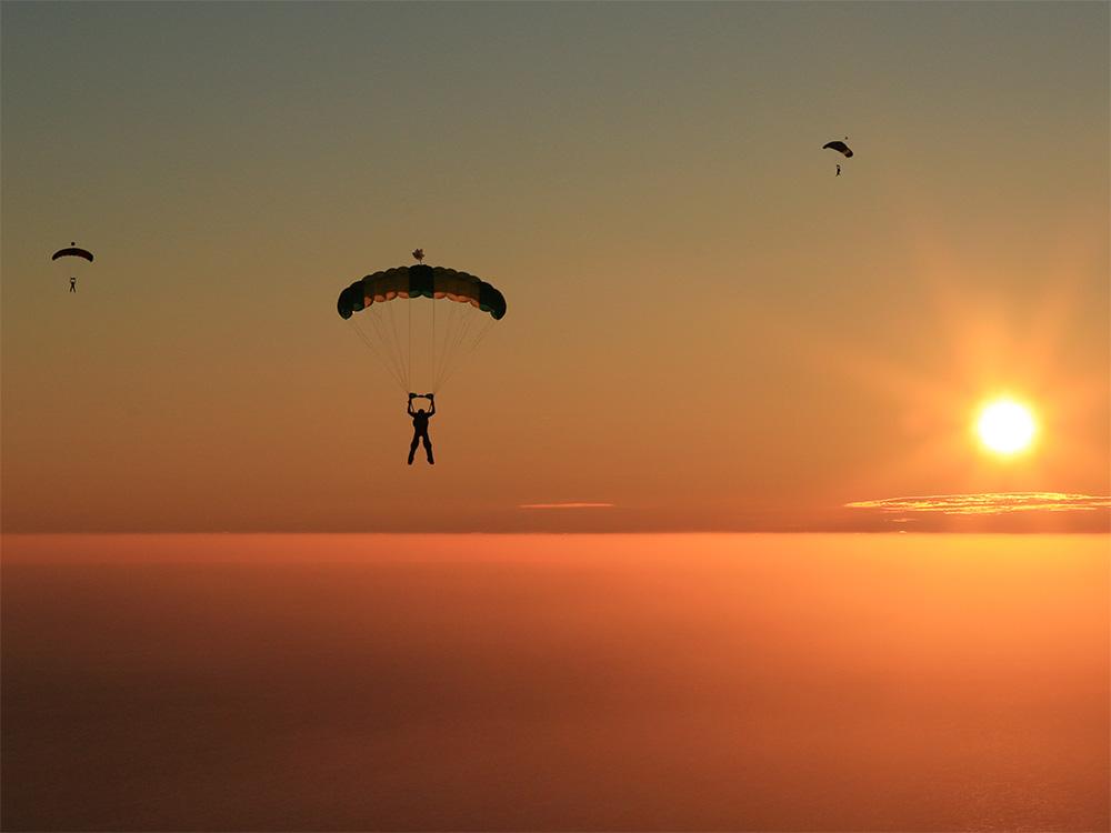 A-Brevet-parachutespringen-(7)