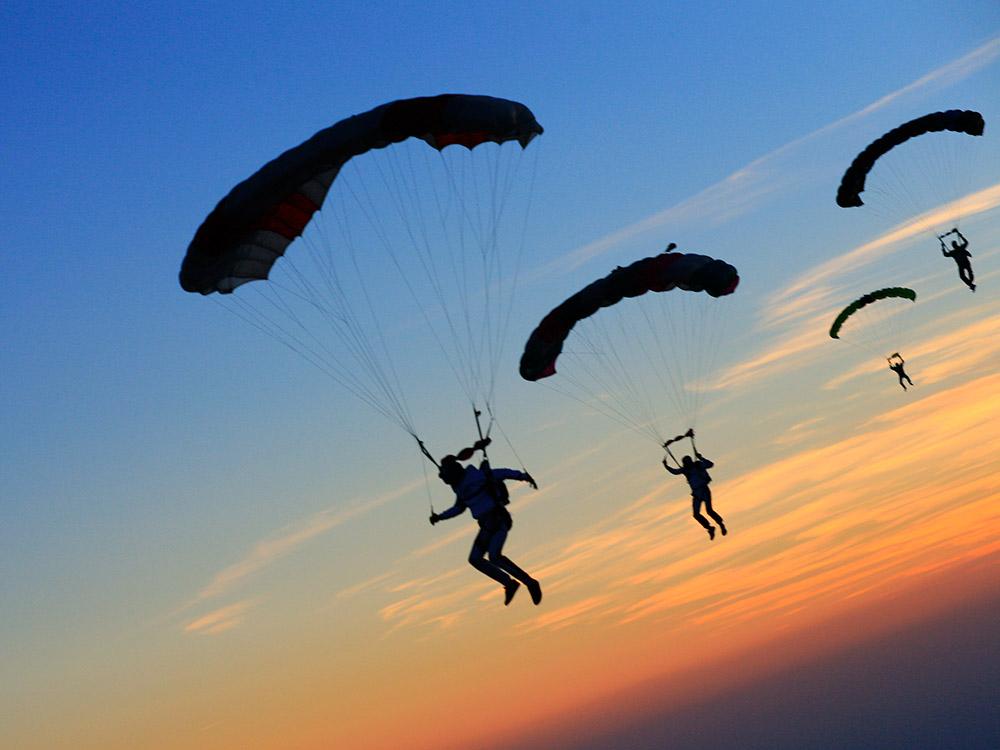 A-Brevet-parachutespringen-(8)
