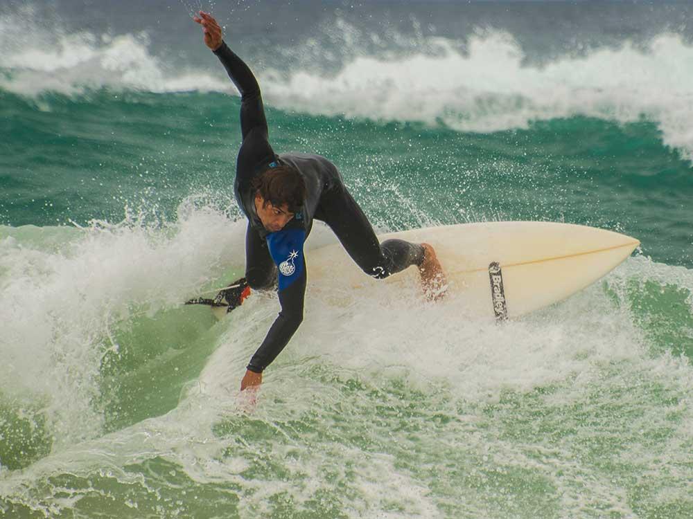 skydive en surf opleiding